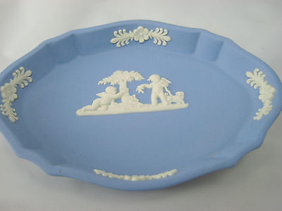 Vintage Wedgwood Small Oval Pin Dish Cherubs Blue Jasperware England