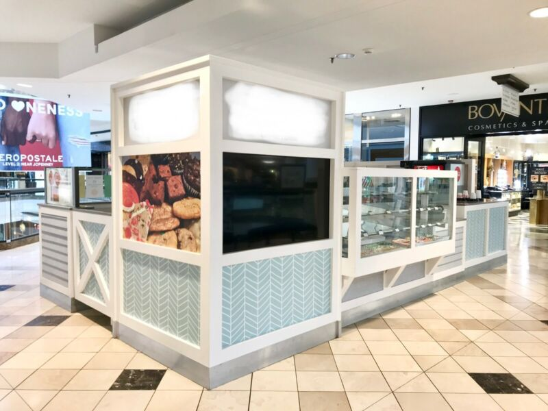 Kiosk For Sale! Food or Retail Use