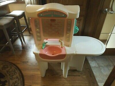 Vintage Little Tikes Pink Child Size Beauty Salon