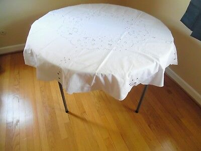 "62 x 62""  Round Tablecloth with Embroidery, Cutwork, 8 Napkins-2402 R"