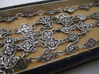 """LONG ANTIQUE DECO STERLING SILVER TINY FLOWER FACES CHAIN NECKLACE 40""""  43 GR"""