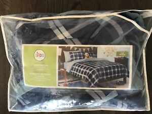 Double Comforter and Bedding