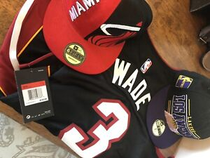 Dwayne Wade. Miami Heat Hat and Jersey