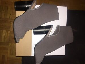 Brand new size 6.5 heels from Spring