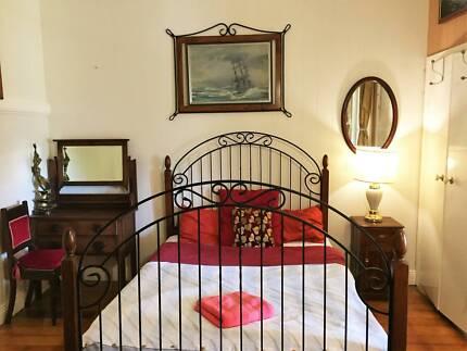 Xlarge Ensuite Room+AC+Own Bath@Best Location_QUT KG_DecoArt home