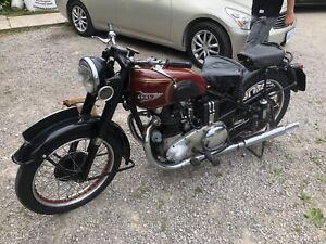 1952 Ariel Fieldmaster