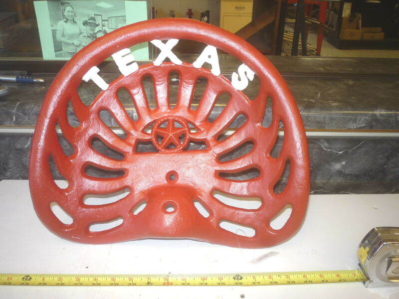 1  CAST IRON TRACTOR   SEAT    TEXAS    STAR