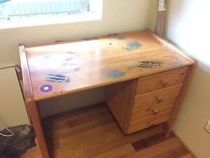 Solid wood Computer desk Marrickville Marrickville Area Preview