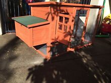 """Chicken coop """"Pet Castle"""" Palmyra Melville Area Preview"""