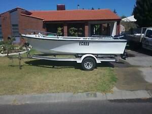 4.2 fiberglass boat