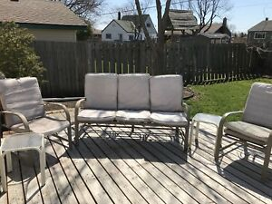 5 pc Patio Lounge Set