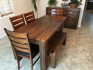 Dining room set - practically new