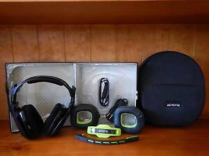 Astro A40 TR Headset + Case + Mod Kit + Cable Orange Orange Area Preview