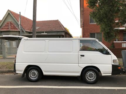 2006 Mitsubishi campervan with rego  fully equipped ready to go