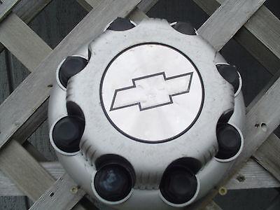 CHEVROLET CHEVY SUBERBAN PICKUP TRUCK SILVERADO HUBCAP WHEEL COVER CENTER CAP