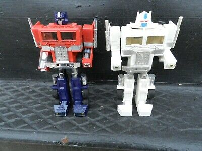 Vintage Transformers G1 OPTIMUS Ultra Magnus PRIME Cab Action Figure 1984