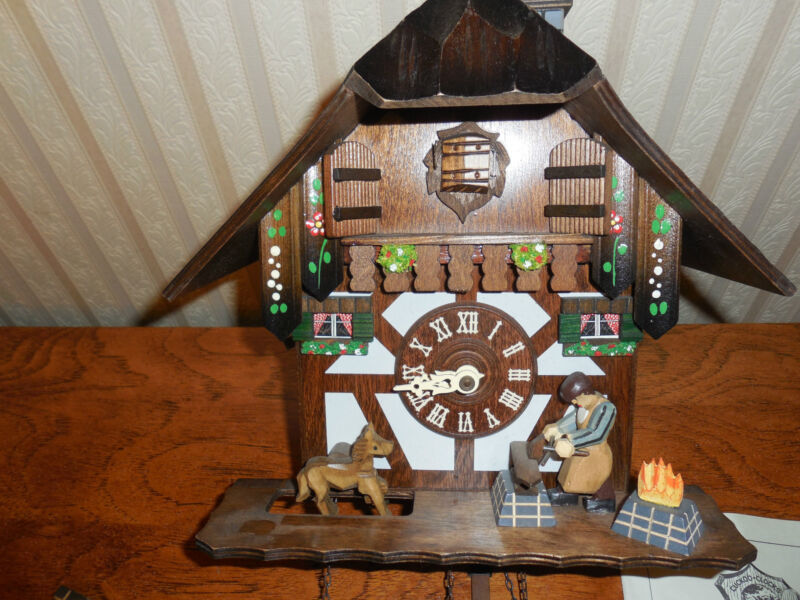 VTG Black Forest  CUCKOO CLOCK  MADE IN GERMANY