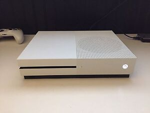 Xbox one s. 3 games. Two controllers. $500 OBO