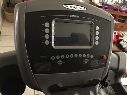 T9550 heavyduty vision fitness tread mill $1000