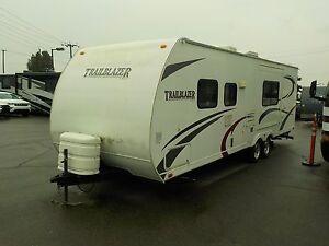 2009 komfort Trailblazer 278 Travel Trailer w/ One Slide Out