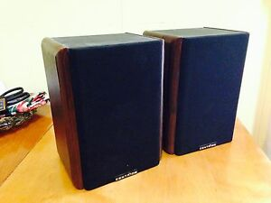 Pair of Vintage Centrios Bookshelf Speakers