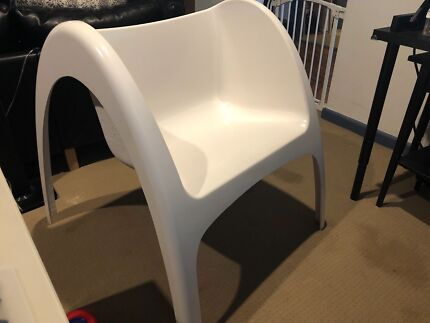 Sturdy Polyfibre Chair Suitable Indoor/outdoor