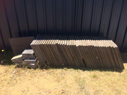 40 used concrete slabs 50x50 x4mm