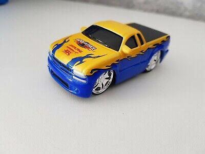 Mattel Hot Wheels 1/64 2002 Car Tunerz Chevy S10 (Chevy S10 2002)