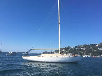34' timber yacht