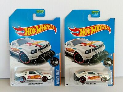 Hot Wheels LOT 2 2017 HW Race Team 1/5 2005 FORD MUSTANG Kmart Kdays Q White NEW
