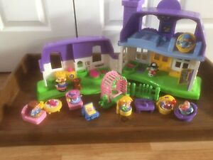 Fisher Price - Little People Doll House
