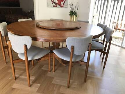 Custom Made European Oak Round Kitchen/Dining Table