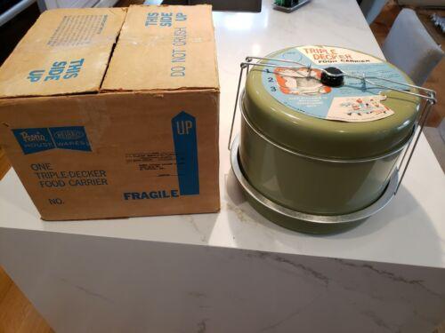 J.L. Clark Housewares Green Retro VTG Triple- Decker Picnic Food Cake Carrier