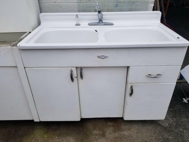 Vintage Youngstown Kitchen Cabinets Metal White Porcelain Enamel Sink Top