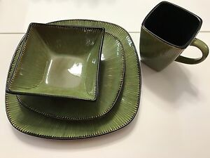 Dish ware set 8 place settings