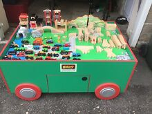 BRIO TRAIN TABLE WITH 30 TRAINS AND 53 TRACKS AND CONNECTORS Paddington Eastern Suburbs Preview