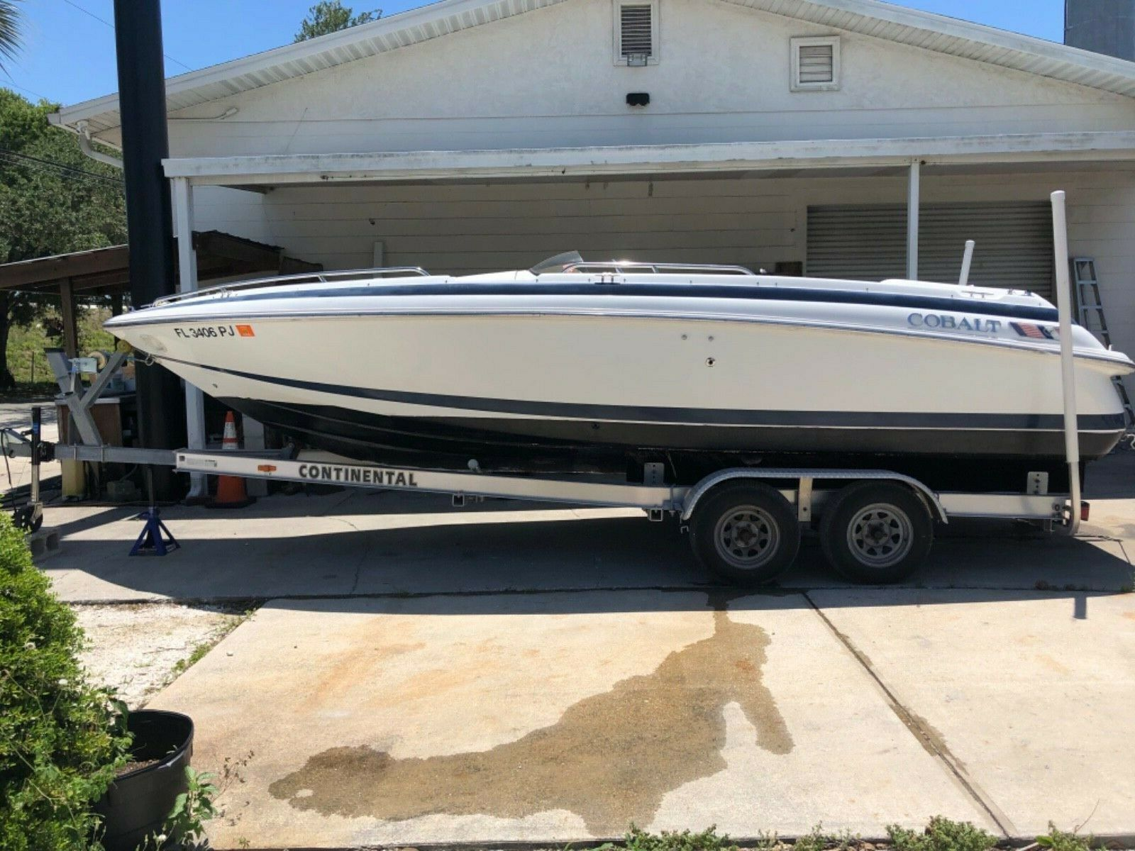 1997 23 Cobalt with Continental trailer NO MOTOR