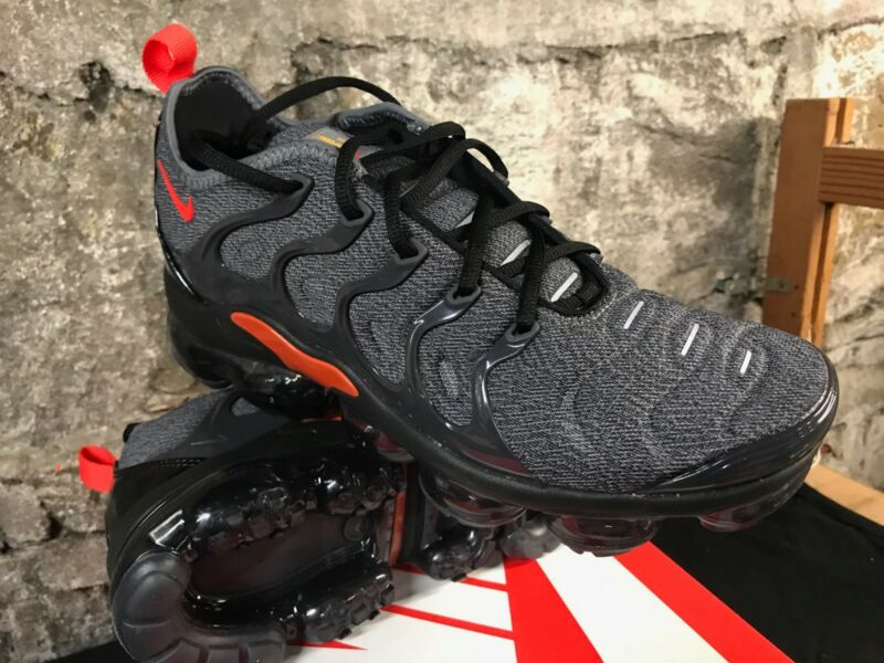 quite nice f8af3 47314 Nike Air VaporMax Plus
