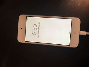 iPod Touch 6th Generation MINT