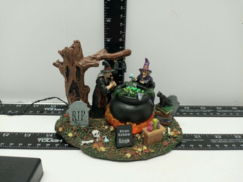 LEMAX WITCHES WORKSHOP SPOOKY TOWN 2014 RETIRED SUPER RARE USED