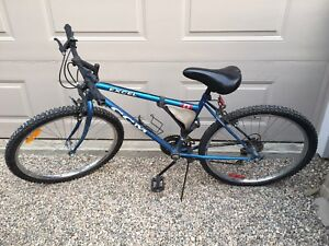 CCM men mountain bike