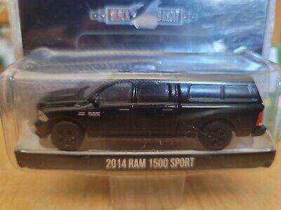 Greenlight Black Bandit Collection 2014 Dodge Ram 1500 Sport Diecast 1:64 NEW