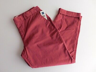 NWT GAP Women's Khaki Pants Slim City Crop Raspberry Size 2 MSRP$50 New
