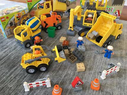 Lego Duplo: Construction sets (4976, 4986, 5637, 5651)