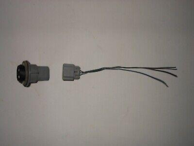 2002 - 2009 Chevy Trailblazer Headlight Bulb Socket & Conector OEM Fast Shipping