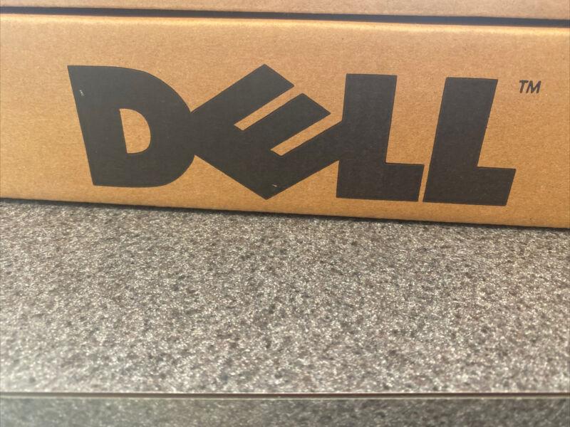 Dell 6120 PDU Basic Rack Power Distribution Unit    New In Box