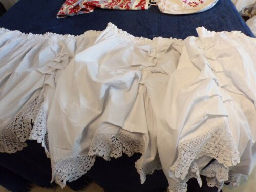 Valance Antique 76 13/16in x 26 3/8in