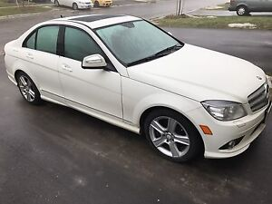 2009 MERCEDES BENZ C300 4MATIC 169,600