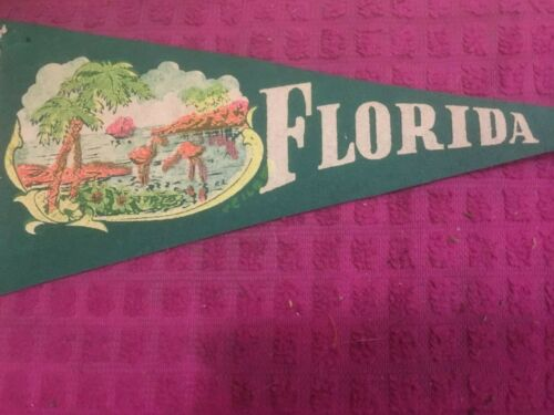 Vintage - Florida Pennant - SAILBOAT - FLAMINGOS - PALM TREES - OCEAN -SHIP FAST