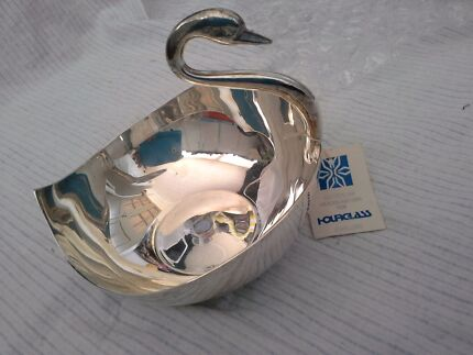 AARTI* SILVER SWAN SOLID HEAVY BOWL/DISH  NWT Yelarbon Goondiwindi Area Preview